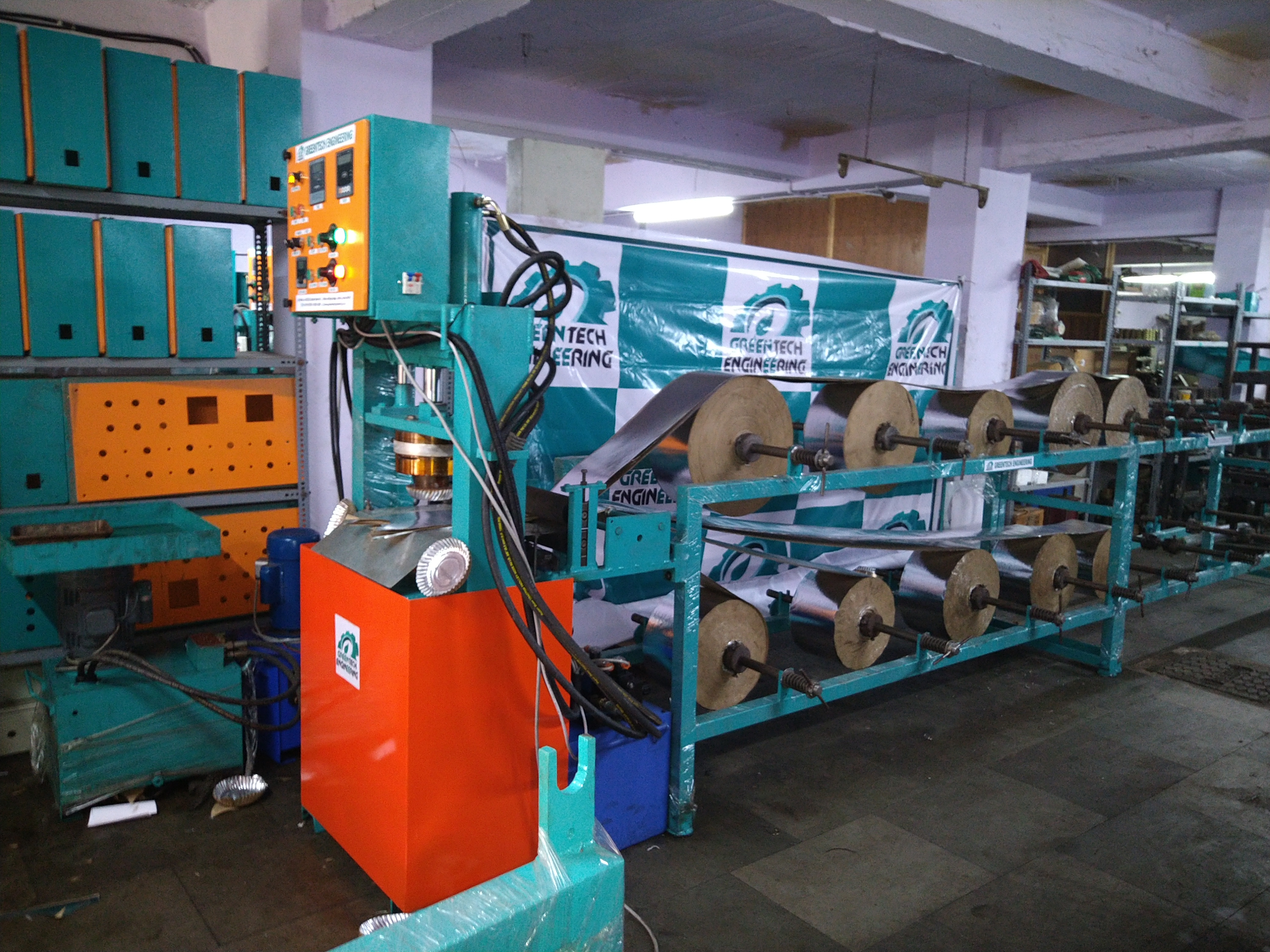 Fully Automatic Twelve Roll Paper Plate Making Machine