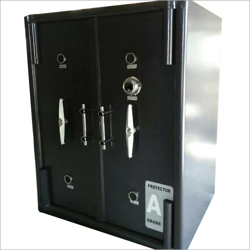 Defender Safe Locker