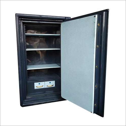 48 Size Defender Safe Locker