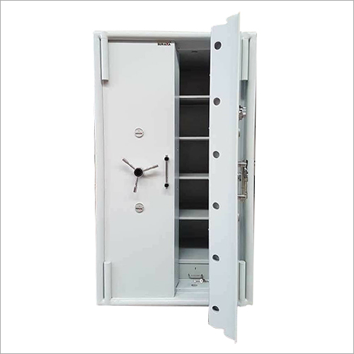72 Size Defender Safe Locker