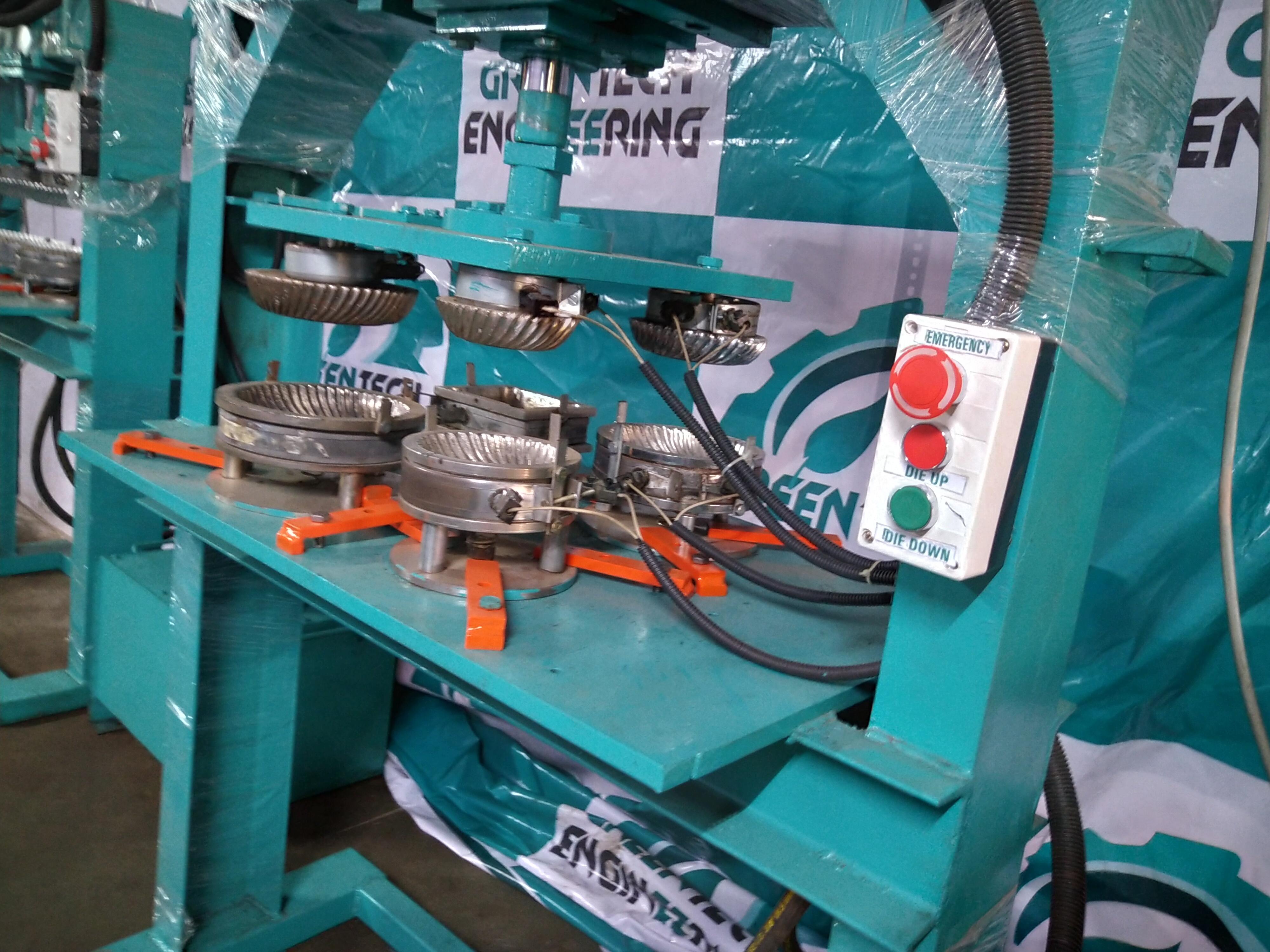 Four Die Paper Plate Machine