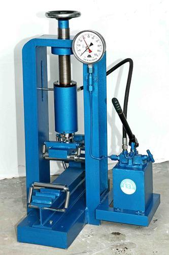 Flexural Strength Testing Machine - Hand Operated