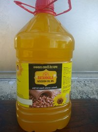 Organic Cold Pressed Groundnut Oil