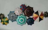 METAL UMBRELLA WALL DECOR