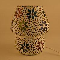 Decent Glass Mushroom Shaped Glass Flower Design Handicraft Table lamp with Multicolour Mosaic Handwork Table lamp