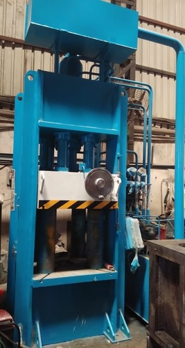 Hydraulic Deep Draw Press for Geyser Tank Mfg.