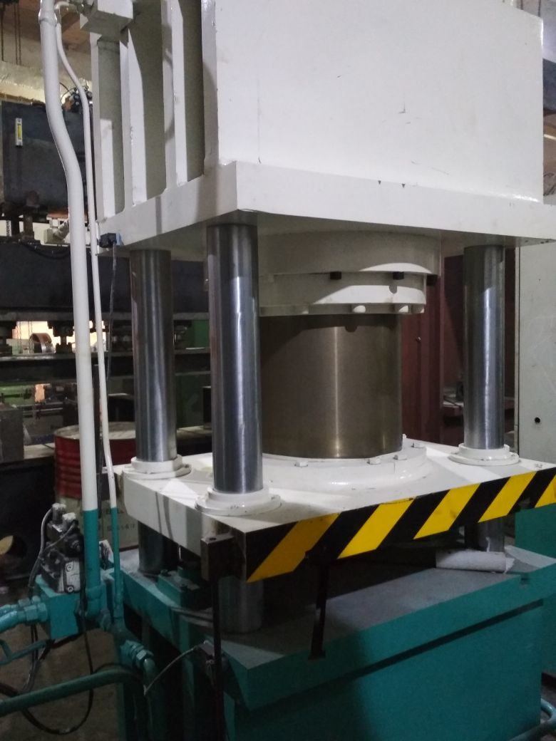 Hydraulic Friction Press for cutlery
