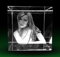 3D Personalized Crystal Mementoes