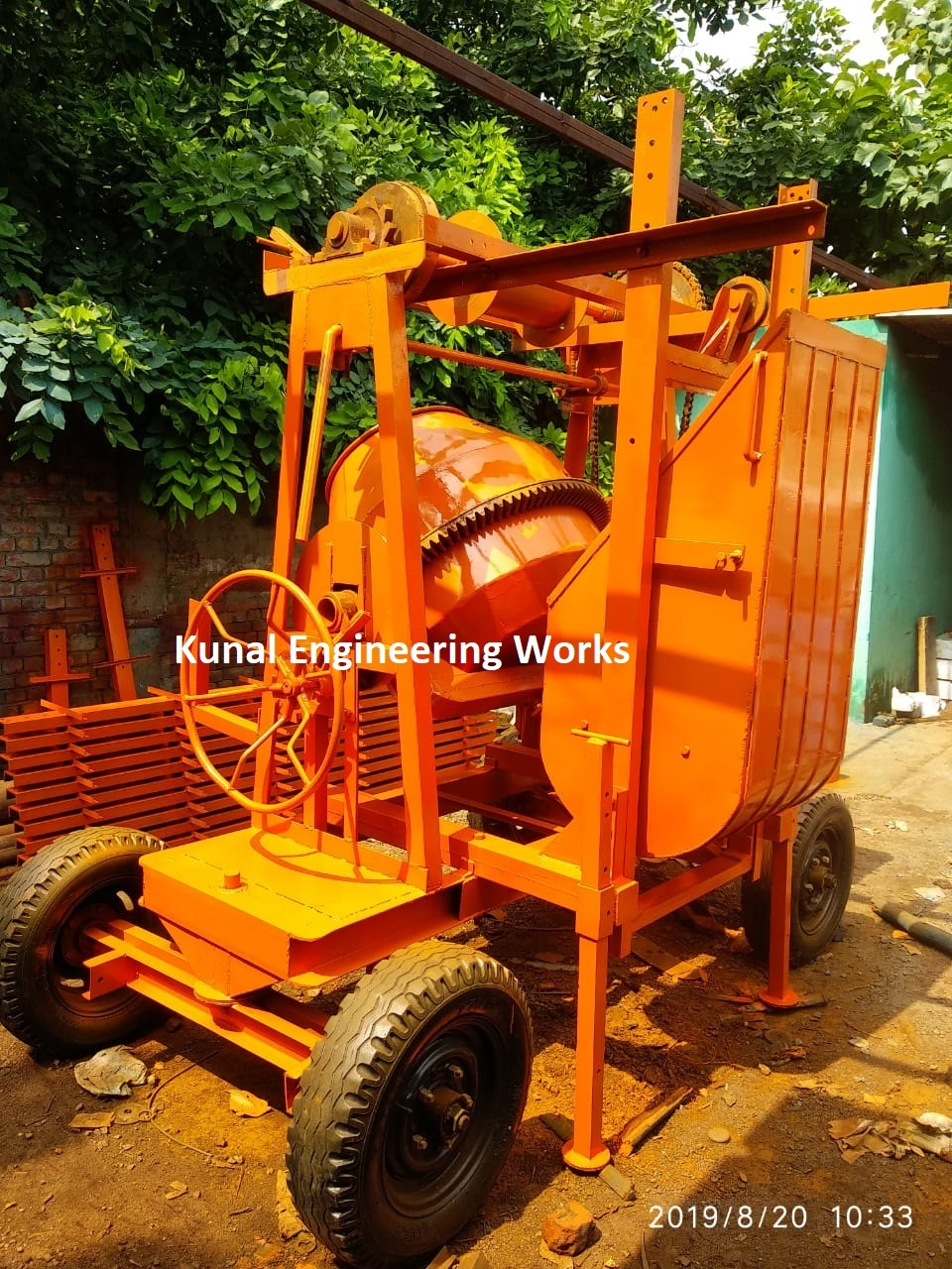 Mechanical Concrete Mixer