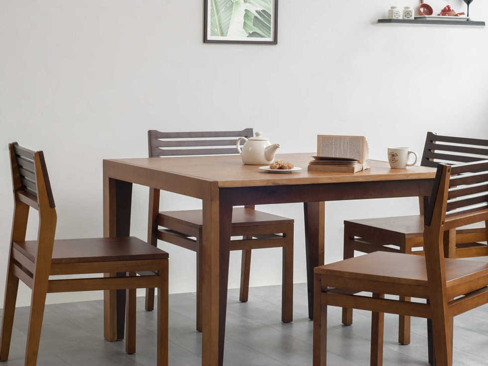 Dining table set dual tone finish 4 seater