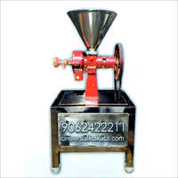 Kaju Grinding Machine