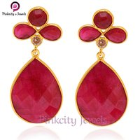 Beautiful Hot  Ruby Faceted 925 Silver Earring