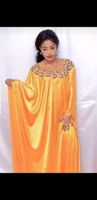 woman dresses kaftan