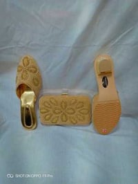 Box clutches with shoes