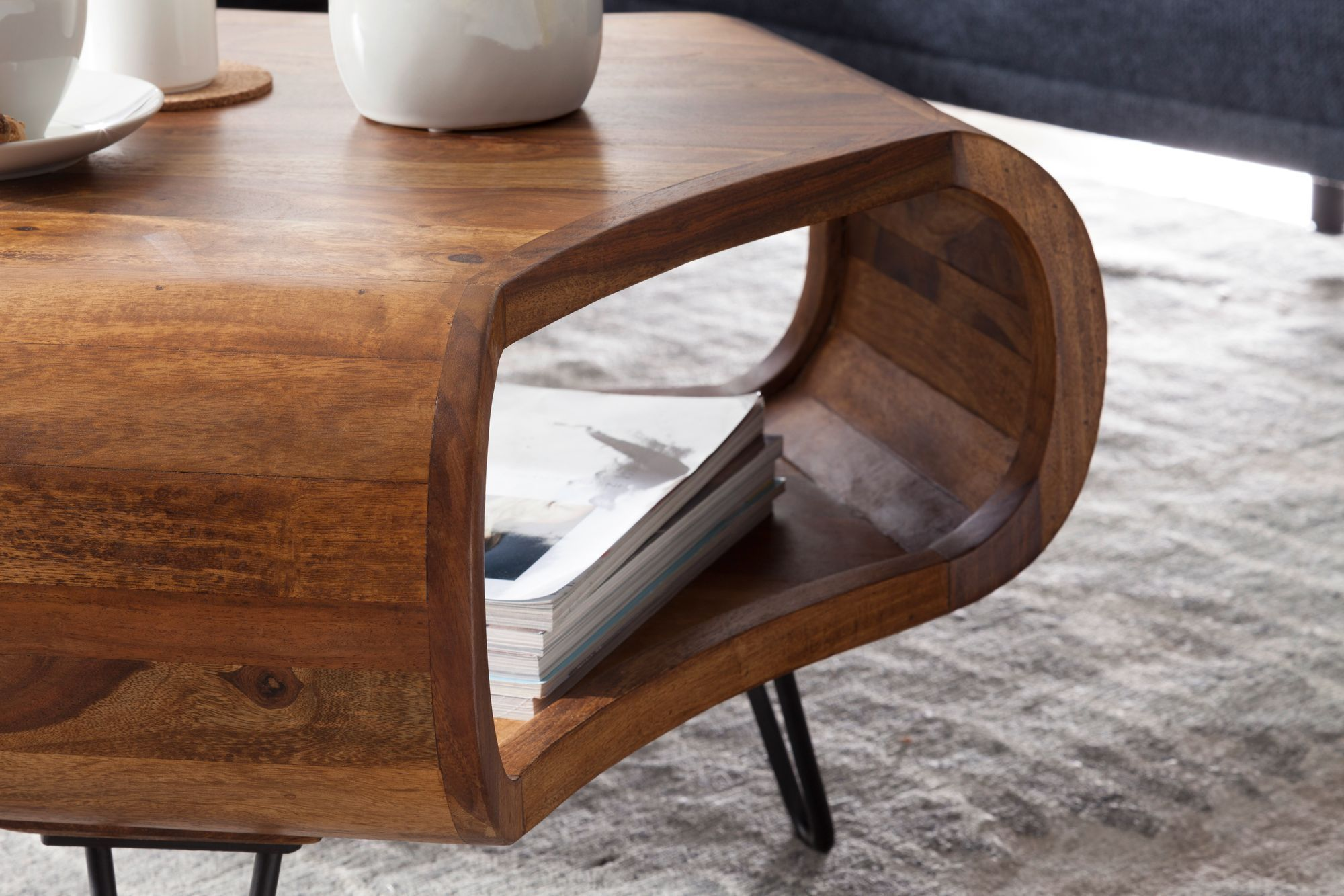 Wooden center Coffee table Courbe
