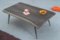 Solid wood Center coffee table Flauna
