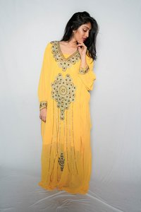 Embroidered kaftan color Amber