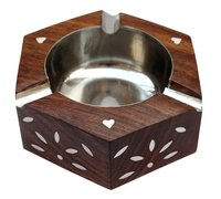Beautiful Handicrafted Sheesham Wood Round Ash Tray