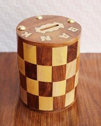 Handcrafted Antique Chess Pattern Embossed Cylindrical Wooden Money Bank (Yellow, Brown, 5-inch)