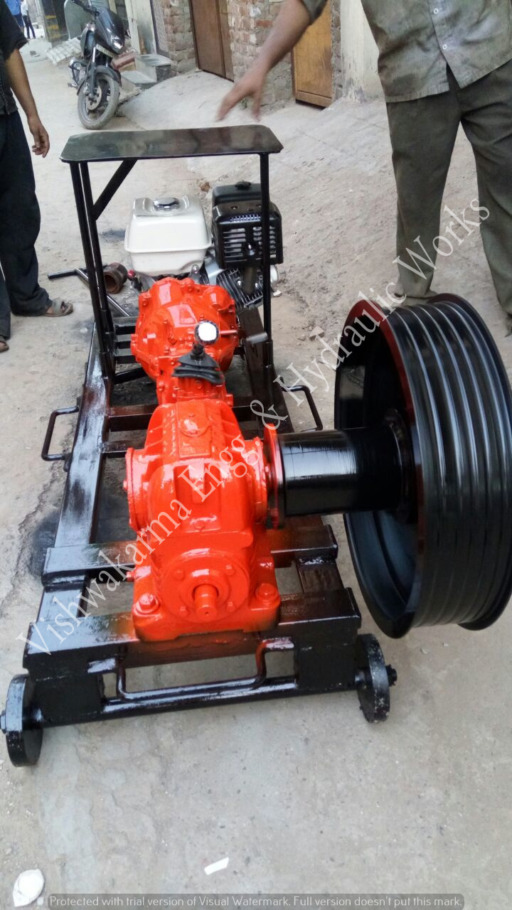 Double Capstan Winch Machine 5 MT
