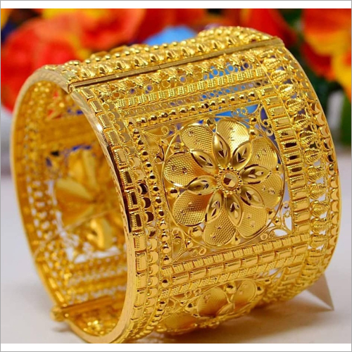 Gold Designer Kada