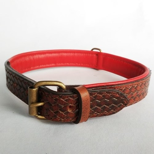 Weaving Deep Embossed Grain Leather Dog Collar