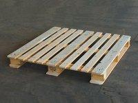 CP 3 wooden Pallet