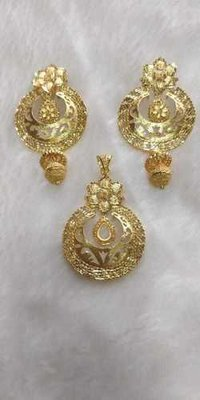 Pendant & Earring sets