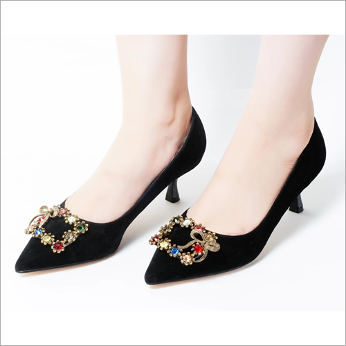 Kohinoor Black Pumps Low Heel