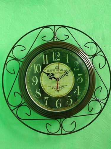 Antique Design Wall Clock