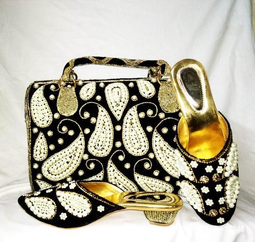 Black Shoes & Purse