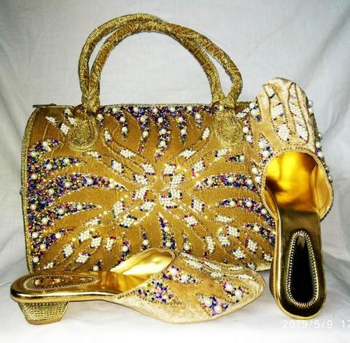 Golden embriodery shoes & bag
