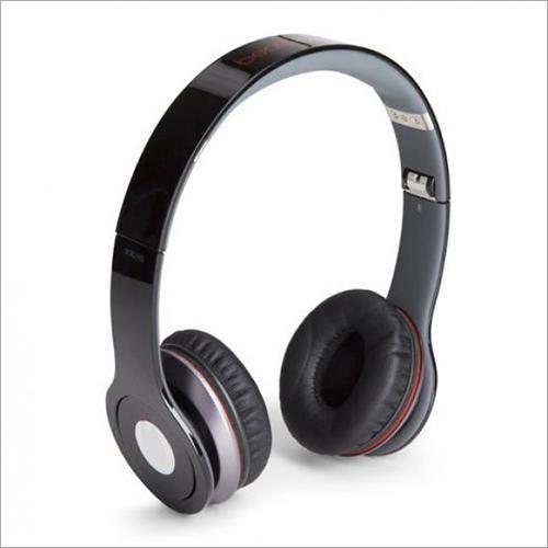 Black Wireless Bluetooth Headphones