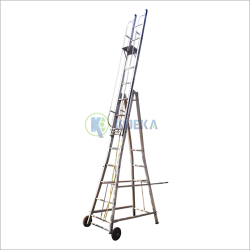 Wheeled Extension Ladder