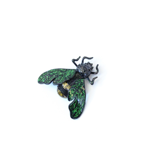 makkhi Green Shinning brooch