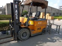 Toyta Battery Operated Forklift