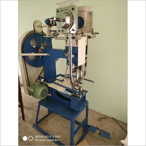 Auto Eyelet Punching Machine