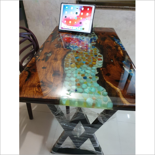 Crystal Clear Epoxy Resin Table Top