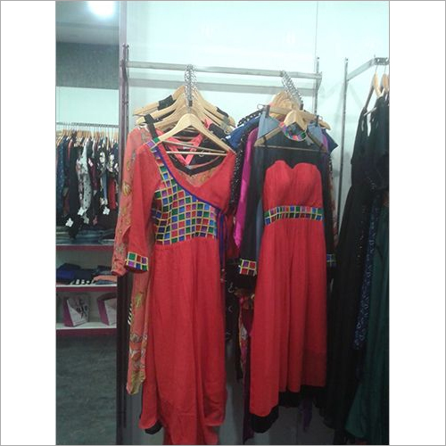 Kurti Display Rack