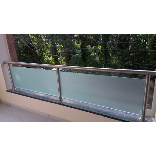 SS & Glass Elevation Railing