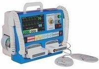 Niscomed Biphasic Defibrillator, for Emergency