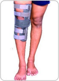Knee Immobilizer 14