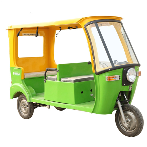Battery Operated Auto Passenger Rickshaw