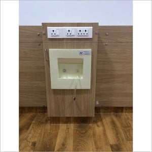 Dialysis Wall Station