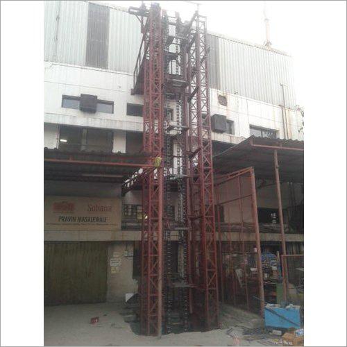 Cold Storage Vertical Lift