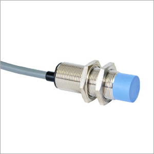 M18 x 75 3 Wire DC Capacitive Proximity Switch