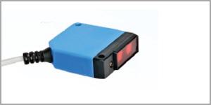 31 x 20 x 12 3 Wire DC Retro Reflective Sensor