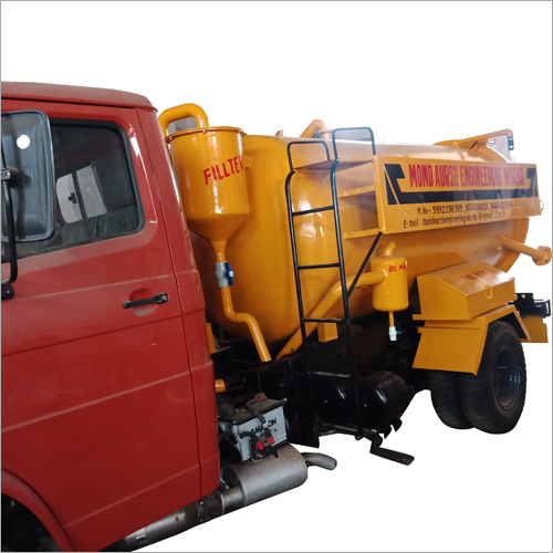 5000 Ltr Chassis Mounted Sewer Cleaning Machine