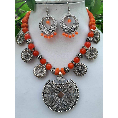 Oxidised Beads And Flower Necklace Set
