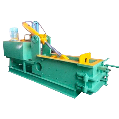 Semi Automatic Triple Action Scrap Baling Machine